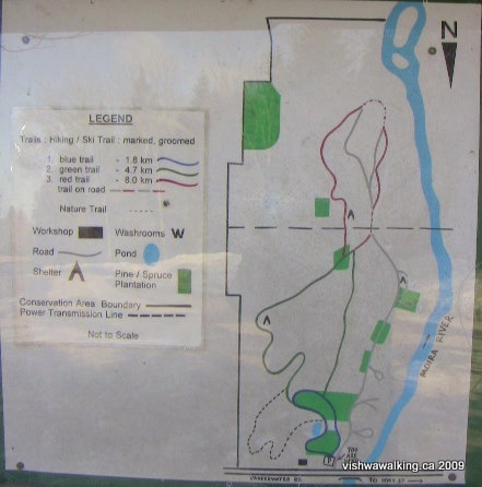 Vanderwater Park-sign indicating trails