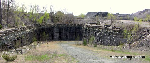 marmora mine, road to the lake