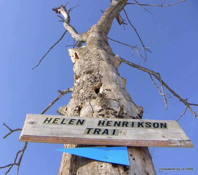 helen henrikson loop, sign on Rideau Trail